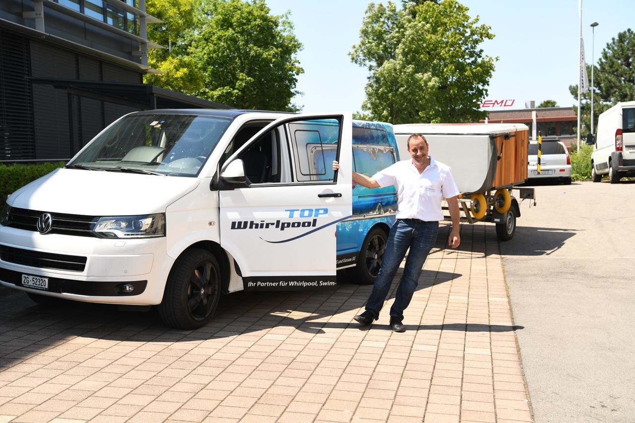 Neue Beschriftung auf Service-Fahrzeug Top-Whirlpool.ch | Top ...