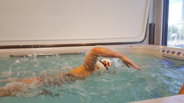 Fruehlings-Hausmesse-Top-Whirlpool-ch_Hydropool-Swim-Spa-Melanie-Gloor-9