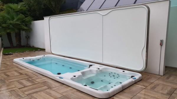 Automatische-Abdeckung-fuer-Swim-Spa-in-Locarno_Eigenproduktion-Top-Whirlpool-ch