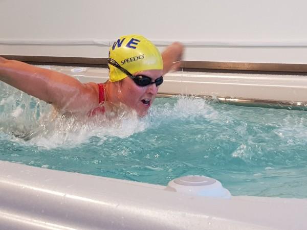 Schwimmen-Hydropool-Swim-Spa-19fx_Top-Whirlpool-ch_Angela-Gantenbein_1