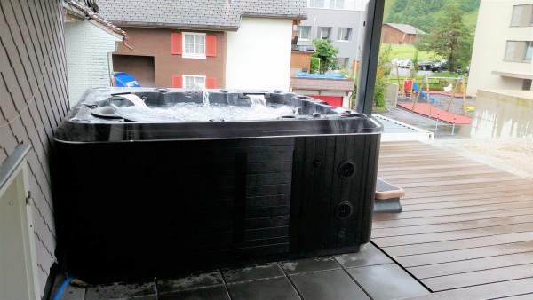 Top-Whirlpool-ch-Lieferung-Hydropool-Self-Clean-Whirlpool-H670-Platinum-nach-Innertkirchen_Interlaken_Bern-1